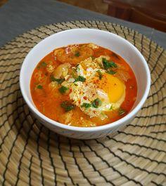 Σούπα σκόρδου (Sopa de Ajo) | Cookos Thai Red Curry, Ethnic Recipes, Food, Garlic Soup, Essen, Meals, Yemek, Eten