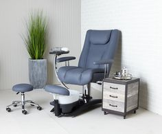The amazing Embrace chair - the multi service, pipeless, treatment chair in Sequel from Belava