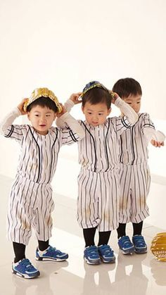 Daehan Minguk Manse Cute Kids, Cute Babies, Song Il Gook, Superman Kids, Man Se, Song Daehan, Song Triplets, Miss You Guys, Baby Pictures