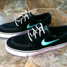 I seriously want a pair of the Stefan Janoski Nike SBs