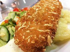 Seelachs in Kartoffel-Knusperpanade mit Kartoffel-Gurken-Salat