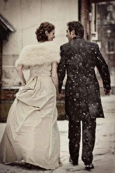 Snow Vintage Winter Wedding.