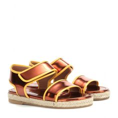This chunky style sandal from Marni is effortlessly cool, rendered in a mix of bronze and yellow leather. Let the espadrille-style sole add a natural element to your looks, picking this pair for low-key glamour. Marni Shoes, Shoes Sandals, Metallic Shoes, Metallic Leather, Leather Sandals Flat, Leather Shoes, Casual Chic, Bronze, Fashion Styles