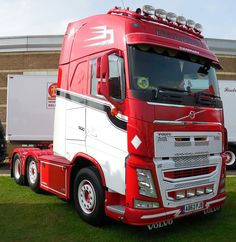 P & A Barton Volvo FH 500 Euro 5 Globetrotter XL tractor unit | by richard-949