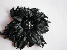 Black leather flower fantasy w Lela Flowers na DaWanda.com