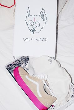 Vans syndicate old skool pro 39 s 39 golf wang blue pink for Golf wang flame shirt