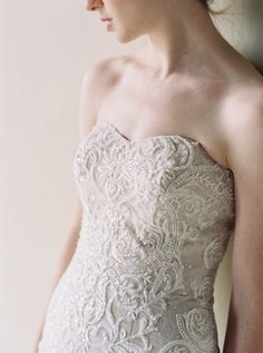 Baroque scroll lace
