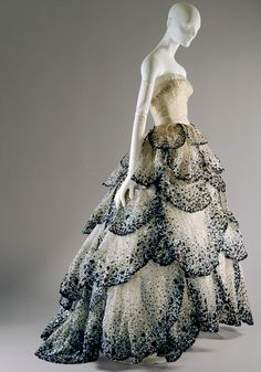 this could be an amazing wedding dress (maybe not black, but who knows?)