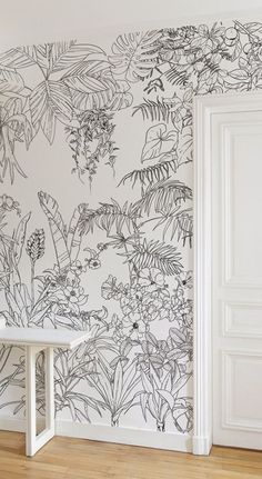 Ohmywall Papier peint Jungle Tropical Noir et Blanc Big Panoramique par Caddous & The artist duo Caddous & Alvarez created this Jungle Tropical wallpaper for Ohmywall in the spirit of a mural. Tropical Wallpaper, Wallpaper Jungle, Bedroom Murals, Diy Bedroom, Wall Drawing, Mural Wall Art, Wall Patterns, Wallpaper Patterns, Wall Design