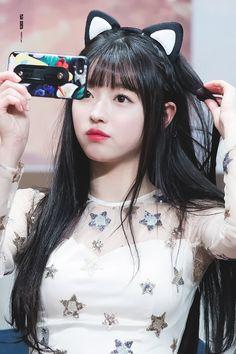 180114 압구정 팬싸인회 #오마이걸 #OHMYGIRL #유아 #YooA Kpop Girl Groups, Korean Girl Groups, Kpop Girls, South Korean Girls, Cosmic Girl, Lee Hi, Oh My Girl Yooa, Rapper, Fandom