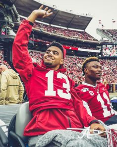 Tua and Henry at the Game today! Alabama Football Team, College Football Teams, Crimson Tide Football, Oregon Ducks Football, Notre Dame Football, Alabama Crimson Tide, American Football, Uofa Football, Alabama Baby