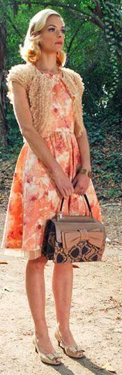 Jamie King as Lemon Breeland....all of her dresses are so cute!