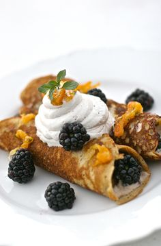34. Amazing Paleo Plantain Crepes #paleo #desserts http://greatist.com/eat/paleo-dessert-recipes