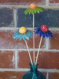 Tuinbloemen Clay Flowers, Ceramic Flowers, Flowers Nature, Ceramics Projects, Clay Projects, Projects To Try, Paper Clay, Clay Art, Homemade Clay