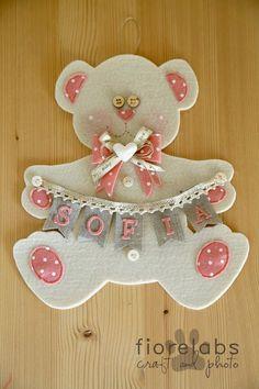 Sempre per la piccola Sofia in arrivo domani tra le braccia di mamma e papà ho creato questi fiocchi nascita per i luoghi di lavoro...   ...