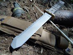 Vehement Knives EOD/UXO Ordnance Dig Tool.