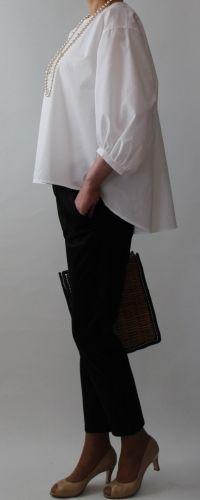 クルールさん-3デザインスリーブ付きブラウス 1,950yen