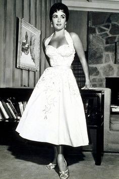 Style Wedding Dresses for the Alternative Bride Elizabeth Taylor in tea length halter dress…….*sigh* this is the most beautiful dress ever there was…. 50s Style Wedding Dress, Wedding Dresses, Wedding Bride, Wedding Ceremony, Rockabilly Wedding, 50s Rockabilly, Bride Dresses, Wedding Attire, Vintage Dior