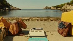 Moonrise kingdom, beach record player