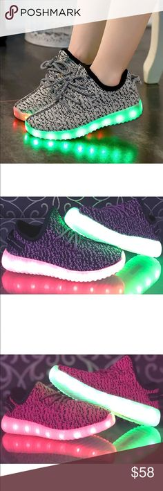 Brand New unisex Kids LED fly knit sneakers 👟 All brand new without box Kids LED sneakers. Lights up with every steps. Comes in black with white details. Shoes Sneakers