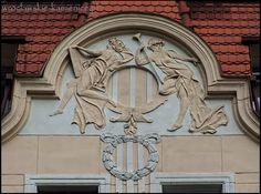 ul. Gajowa  #Wroclaw #Breslau #Poland #architecture #tenement Teak, Poland, Townhouse, Chandelier, Ceiling Lights, Architecture, Decor, Arquitetura, Decorating