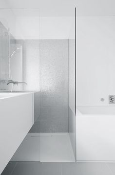 Pretty wall. This is similar to another pin I have. Don't want glass in shower though if can help it.