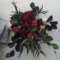 "63 Likes, 4 Comments - Woodstock Florist (@woodstockflorist) on Instagram: ""Tuesday's Bride ... x #woodstock #flowers #flowerswellington #wellingtonflorist #floralstylist…"""