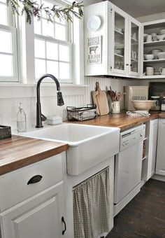 60 fancy farmhouse kitchen backsplash decor ideas (20)