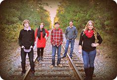 Christmas Family Photo on Railroad Tracks #poolerga #tomtriplettpark
