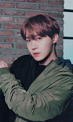 Jung Hoseok So beautiful Gwangju, Seokjin, Namjoon, Taehyung, Jung Hoseok, J Hope Selca, Bts J Hope, Jungkook Jimin, Bts Bangtan Boy