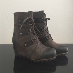 NWOB SOREL Joan of Arctic Wedge Size 7 New without box sold out SOREL Joan of Arctic Mid Wedge Size 7 (37). Grill/black color (looks more like dark brown). SOREL Shoes Ankle Boots & Booties