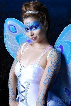 Fairy inspired make-up enhanced with clear rhinestones. - love the arms Cute Halloween, Halloween Makeup, Makeup Designs, Makeup Ideas, Fantasy Party, Fairy Hair, Blue Fairy, Fairy Makeup, Show Photos