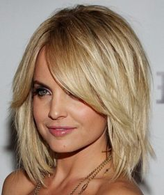 Short Curly Hairstyles For Winter Hair Color - Women Medium ...