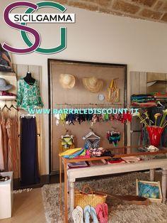 NEGOZIO DI ACCESSORI Bed, Furniture, Home Decor, Homemade Home Decor, Stream Bed, Home Furnishings, Interior Design, Beds, Home Interiors