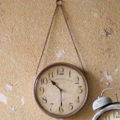clocks clocks clocks