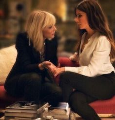 best of sandra bullock ( Sandra Bullock, Sandro, Ocean's 8 Cast, Ocean's Eight, Where To Buy Clothes, Madam President, Aesthetic Women, Actrices Hollywood, Daily Pictures