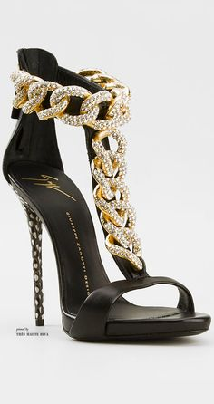 Giuseppe Zanotti Curb Chain Sandals ♔THD♔
