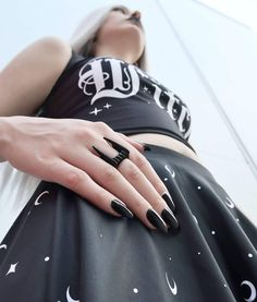 Invoke the dark power of the vampire's kiss with the 'Bite' Ring. A large double band fang ring to adorn your finger. Punk Fashion, Gothic Fashion, Dark Power, Black Goth, Goth Aesthetic, Grunge Outfits, Goth Girls, Black Metal, Rings For Men
