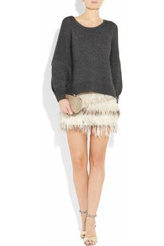 loooove this perfectly slouchy sweater (and the skirt too!)