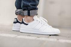 Adidas Superstar Foundation triple blanco (a través de patadas