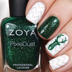 #25daysofchristmasnailsbycambria I've had this idea for a year now and finally put it together! This green glitter Zoya polish worked perfectly but you could do it in any color 😊 Tutorial will be up tonight! @zoyanailpolish Elphie @opi_products Alpine Snow and I Cannoli Wear OPI from @hbbeautybar @twinkled_t Glamour Mat (😍!), Kylie's Chevron Vinyls, and #000 brush | 10% off with code CAMBRIA @sechenails Seche Vite