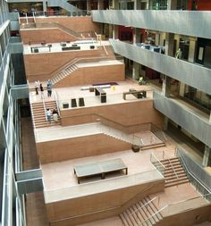 Atrium stair by David Chipperfield Atrium Architecture, Contemporary Architecture, Architecture Design, Contemporary Landscape, Installation Architecture, Landscape Design, Ecole Design, David Chipperfield Architects, Contemporary Bedroom