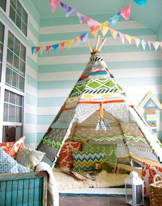 Creative DIY Tents, Forts And Tepees  (maybe something like this in the playroom/garage)
