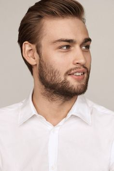 From actors like Nicholas Hoult and Douglas Booth to singers Harry Styles and Zayn Malik plus the models of the moment, Miss Vogue introduces the hottest boys of 2016 Douglas Booth, Matthew Beard, Maxon Schreave, Interview, Jamie Campbell Bower, Rowan Blanchard, Charli Xcx, British Actors, Pride And Prejudice