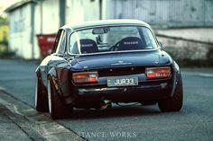 Jason J's SR20-Swapped Alfa Romeo 2000 GTV - StanceWorks