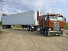 Big Iron Classic Truck Show 2006 - Kasson MN by Truckinboy - Ana Maria Car Lover Show Trucks, Big Rig Trucks, Old Trucks, Lifted Trucks, Custom Big Rigs, Custom Trucks, Kenworth Trucks, Peterbilt, Big Ride
