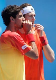 Blog Esportivo do Suíço:  Bellucci e Demoliner salvam quatro match points e avançam no US Open