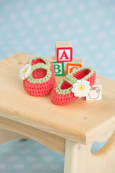 Tootsie Fruity Baby Booties Crochet Pattern