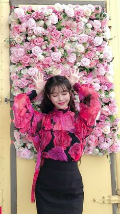 IU #dlwlrma #HotelDelLuna Luna Fashion, Fashion In, Korean Fashion, Korean Actresses, Korean Actors, Korean Star, Korean Girl, Korean Celebrities, Celebs