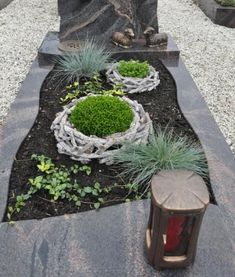 Best Indoor Garden Ideas for 2020 - Modern Garden Planters, Indoor Garden, Outdoor Gardens, Grave Flowers, Funeral Flowers, Cemetary Decorations, Rama Seca, Sympathy Flowers, Hydroponic Gardening